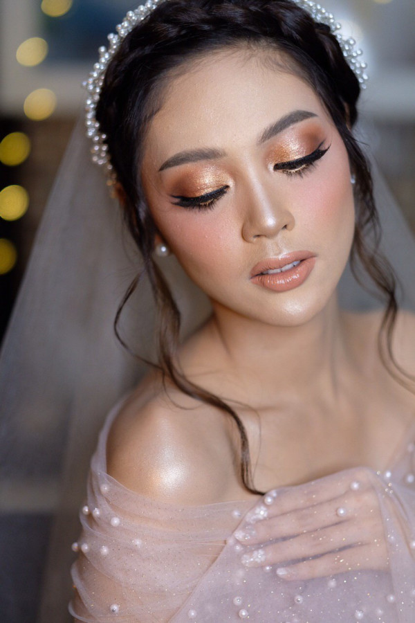 Jasa Make Up Pengantin di Gresik