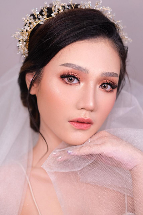 Jasa Make Up Nikahan di Trenggalek